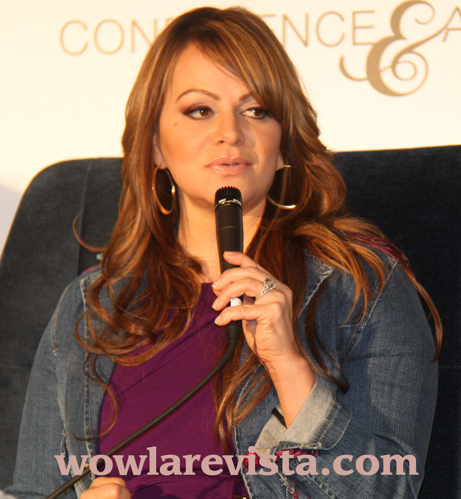 Chiquis Llama Paloma Blanca A Su Madre Jenni Rivera Wow La Revista
